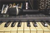 Piano & Microphone